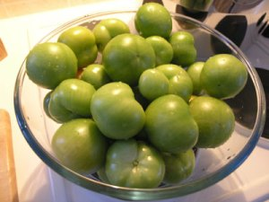 Green_tomatoes_02